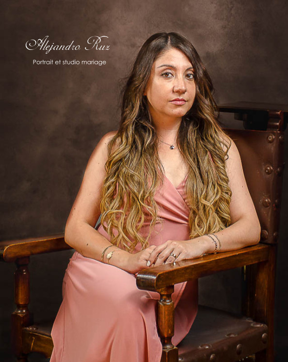 Libro de Retratos nach Alejandro Ruz Zamora anzeigen